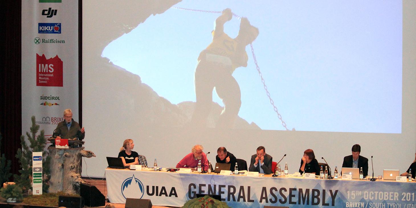 Silvio Calvi, ISF VP, UIAA General Assembly, Brixen. ©The UIAA