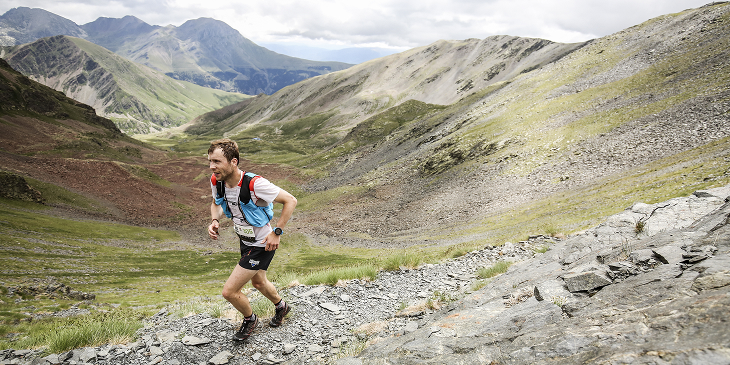 Stian Angermund (NOR) Combined World Champion on the Buff Epic Trail 42K. ©iancorless
